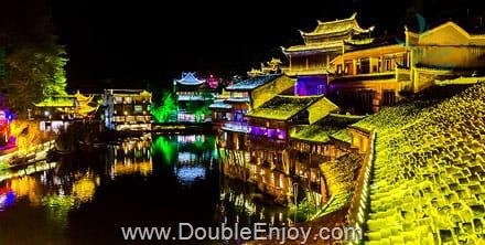 DE621 : โปรแกรมทัวร์จีน จางเจียเจี้ย เมืองโบราณฟ่งหวง [บินตรงจางเจี่ยเจี้ย] 4 วัน 3 คืน (CZ)